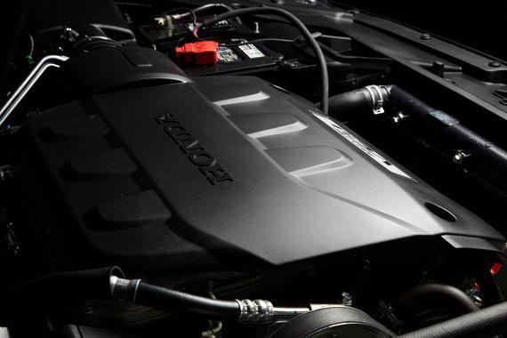 Honda Crosstour мощный двигатель