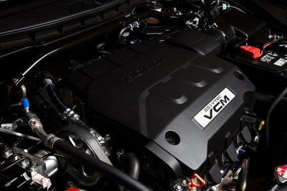 Хонда Кросстур надежный двигатель