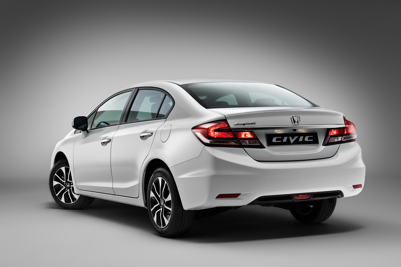 Запчасти на honda civic 2012